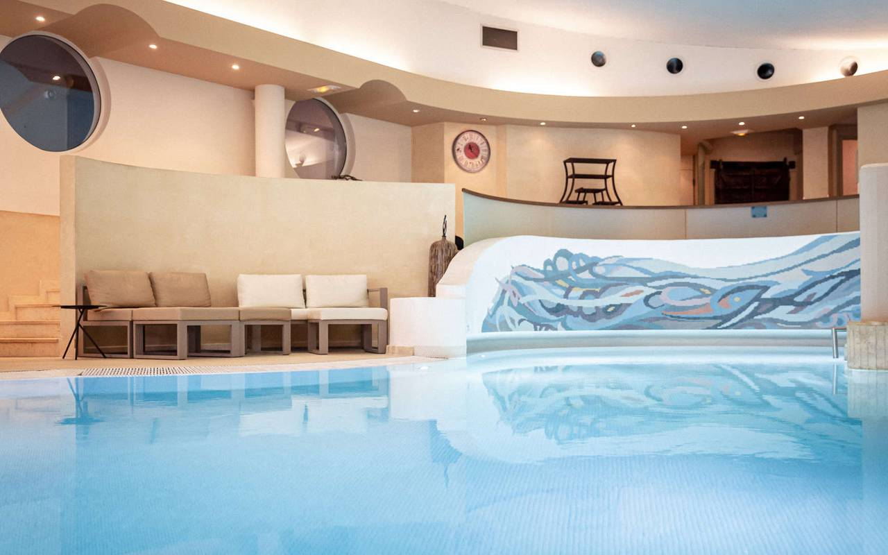 Luxurious massage Hotel spa Alsace